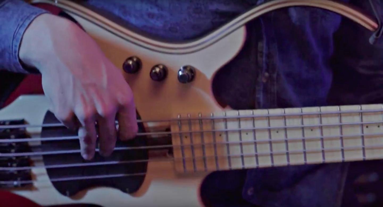 Produce a Live Bass Sound (Part 1)